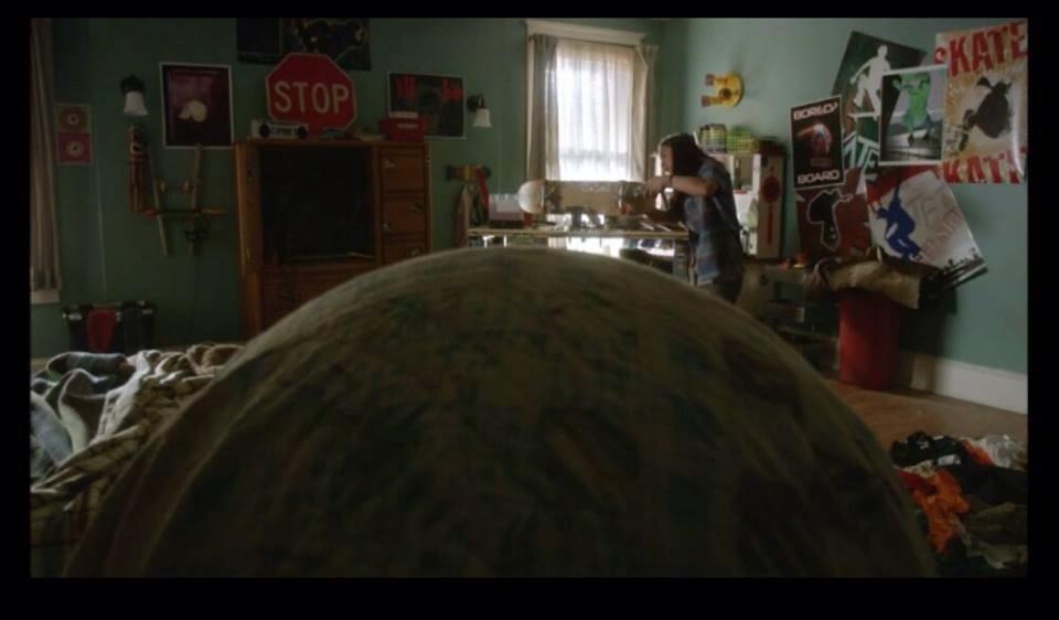 John Elvis hanging with the mini dome in Benny Drake's bedroom on 'Under the Dome'